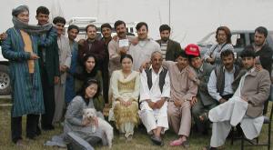 左端が私 アフガン人スタッフたちと(日本人3人)