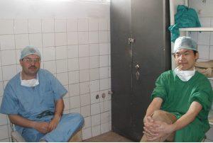 アフガニスタンで手術